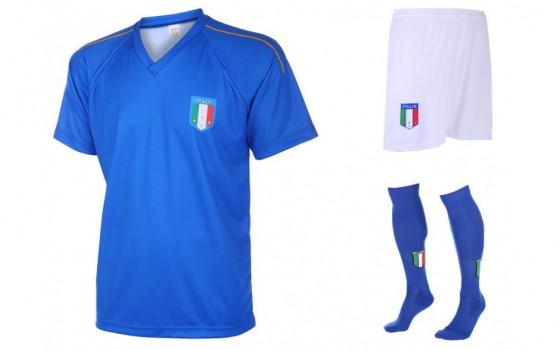 Italie-blanco setje met naam en nummer 2018 -19
