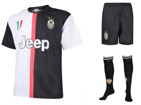Juventus voetbaltenue met eigen naam 2019-20
