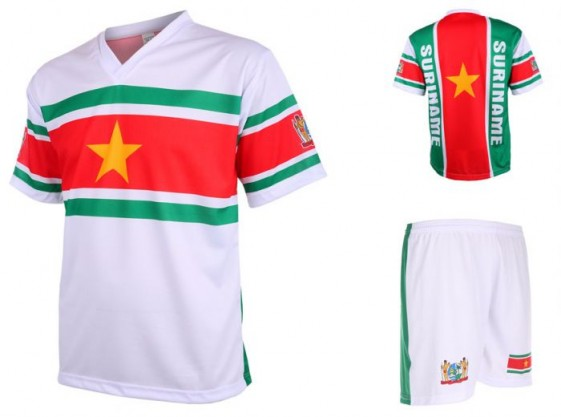 Suriname setje 2017-18